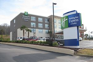 Holiday Inn Express Alabaster Entrance